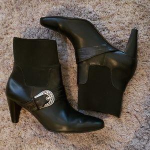 Brighton Rosita ankle boots black leather